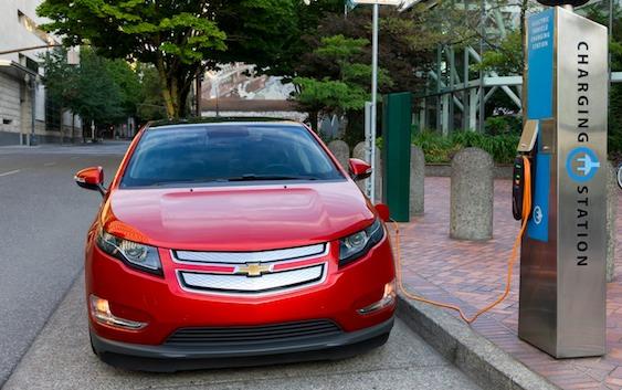2011-Chevrolet-Volt_Electric-Vehicle