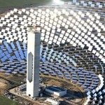 Concentrated solar power plants inspired from sunflower