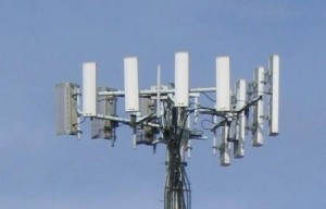 India-will-lower the-electromagnetic-field-radiation-limit-cellphone-towers