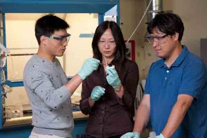 Electrically-conductive-gel-Stanford-researchers